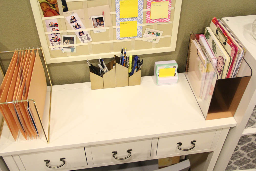 How Do You Organize Your Desk? Donu0027t Hesitate To Share In The Comment  Section Below. Thanks In Advance.